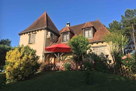 Maison Perigourdine, entre Lascaux et Sarlat