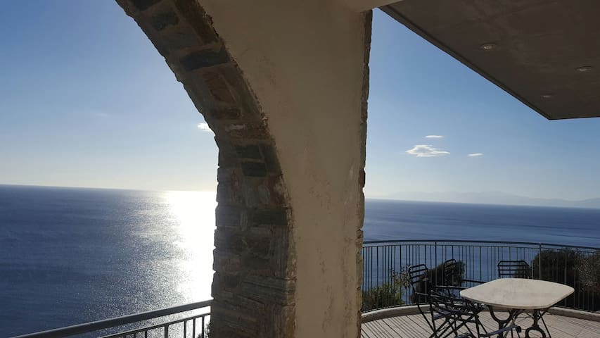Villa Aegean Balcony