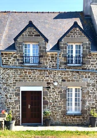 Maison bord de mer entre St Malo / Mt St Michel