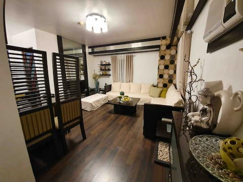 1BR Avida Sucat with Parking + WiFi + Cable TV
