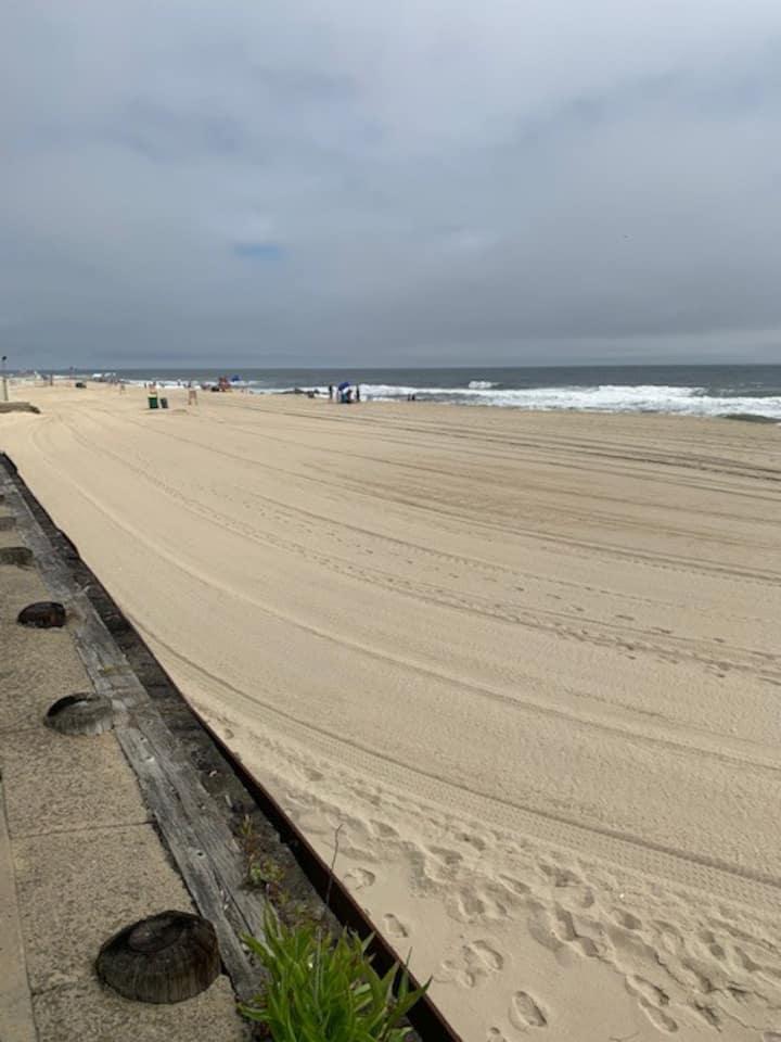 Beachfront Private Fully Furnished Condo