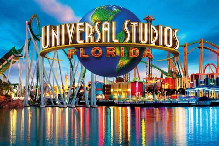 10 BEDS Universal Studios-Convention Center-