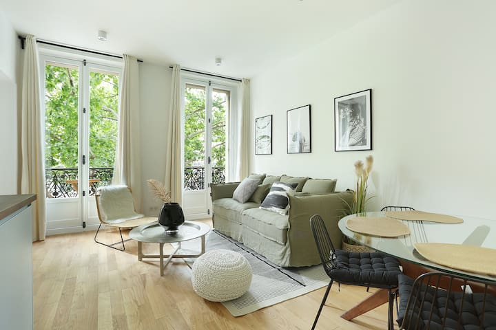 lovely and new apartment center of Paris