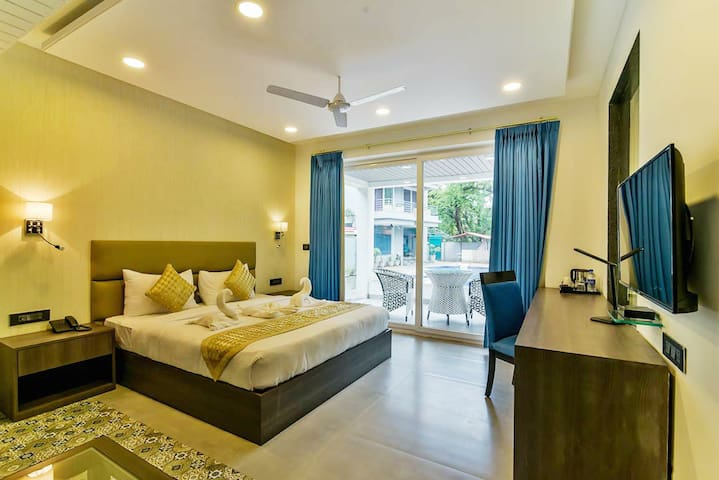 Sunny beautiful Rooms With Pool - Vagator Beach RR