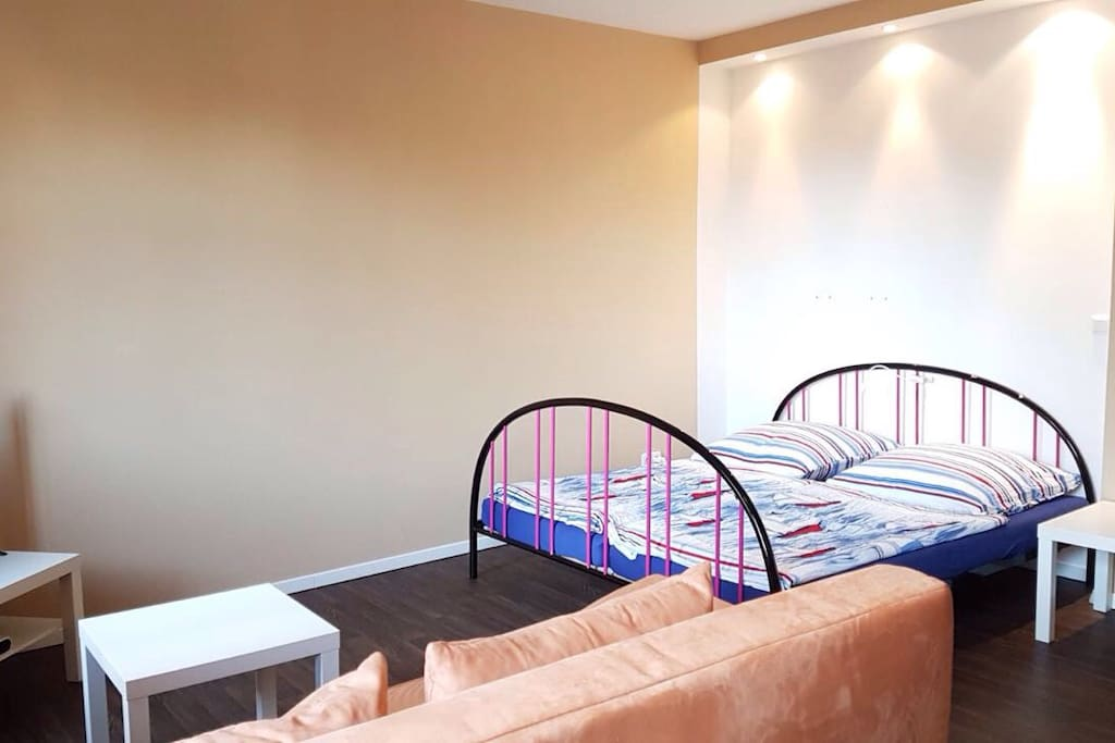 Doppelbett 1.80 x 2.00 m