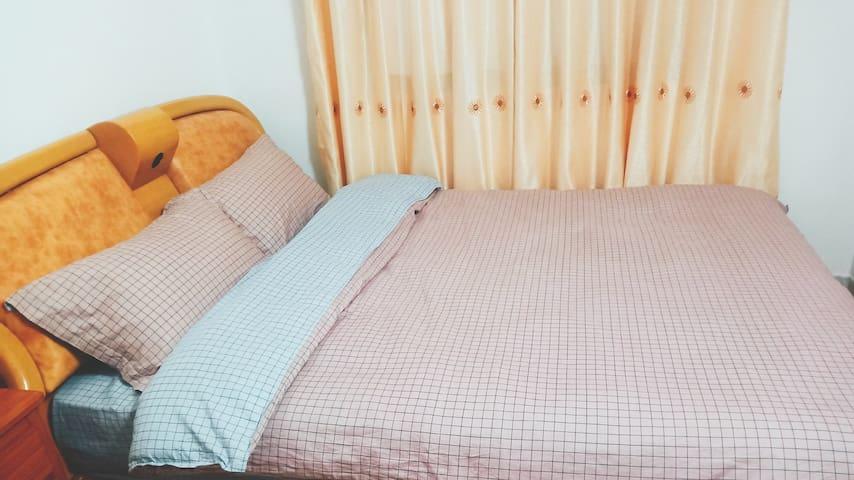 浪漫满屋双人小床房