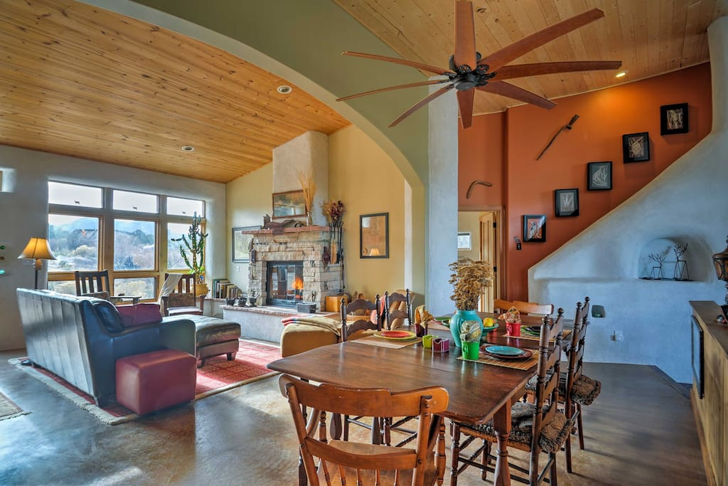 Your mountain retreat is sure to reach its peak at this 6-bed vacation rental!