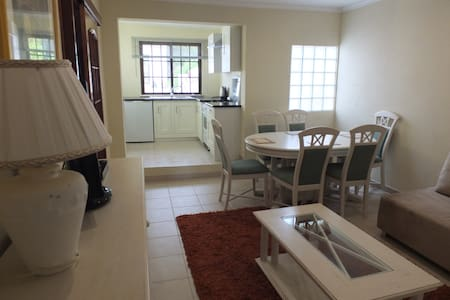 Courtyard cottage - Albufeira - Dom