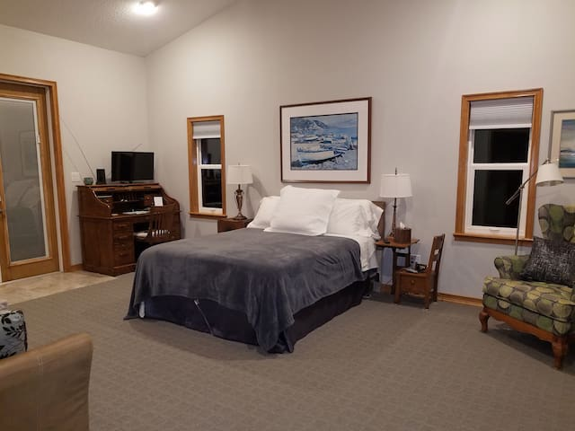 Luxury Guest Suite in Aviation Air Park Community