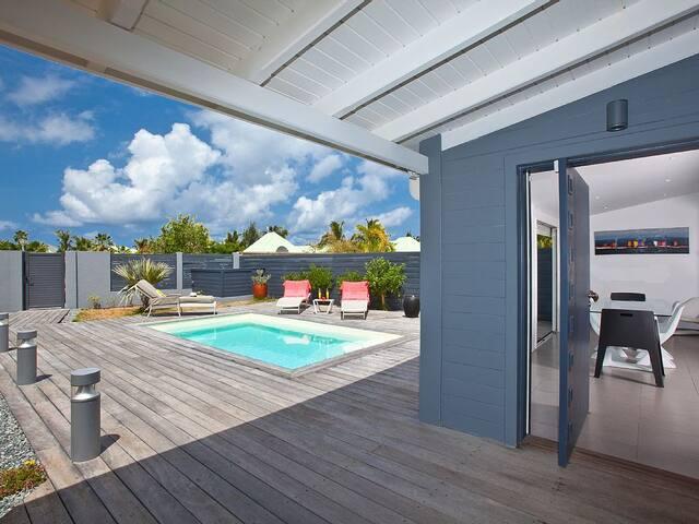ROSE DES SABLES - Unique 3 bedroom villa nested in the core of Orient Bay - Baie Orientale - Villa