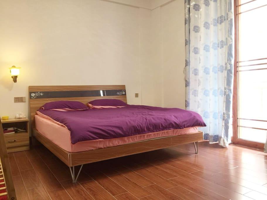 房间1床1