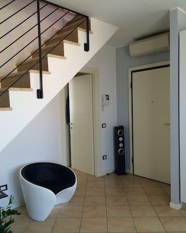 Appartamento accogliente zona fiera - เวโรนา - อพาร์ทเมนท์