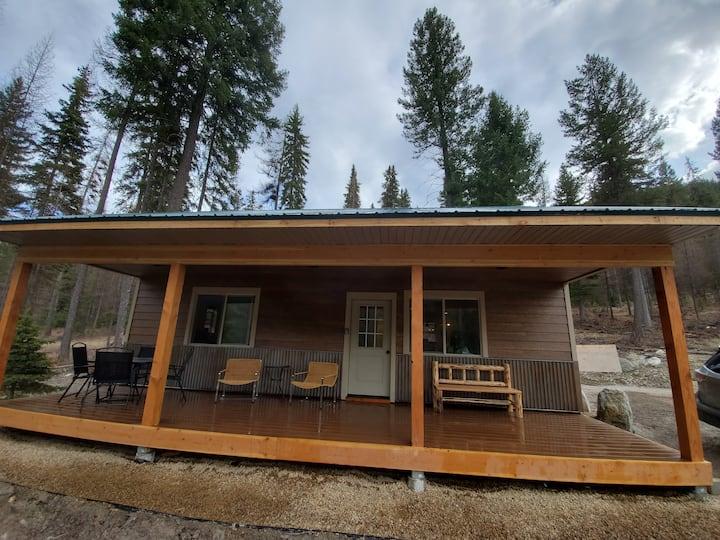 Social Distance & Ski Blacktail - Woodside Cabin