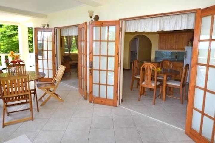 BRAYGONE Apartment - Bequia - Apartment