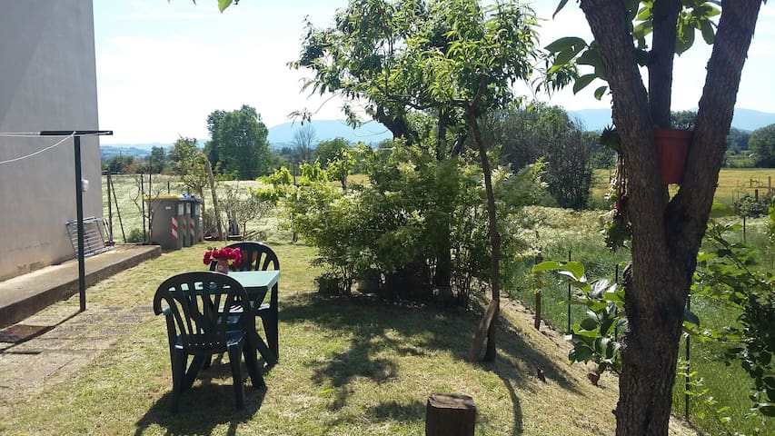 Cozy flat with garden near Spoleto - Spoleto - Flat