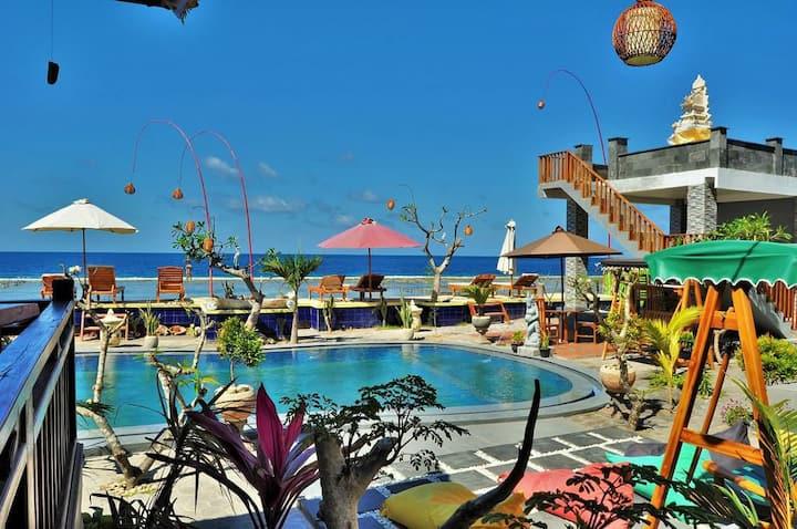 Beachfront Cozy Rooms with Pool,Garden,Sea Views