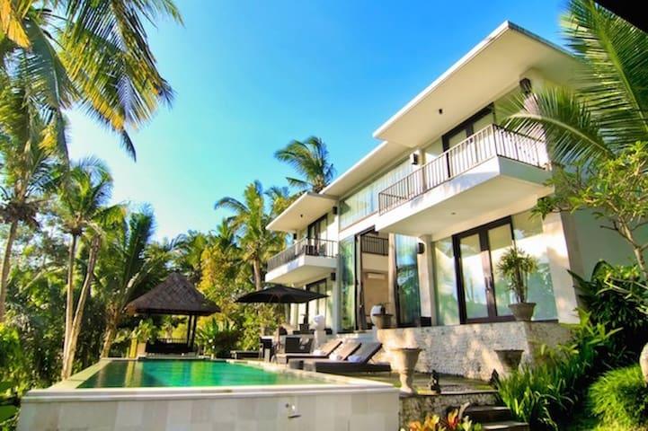 Villa Rumah Sungai, Ubud