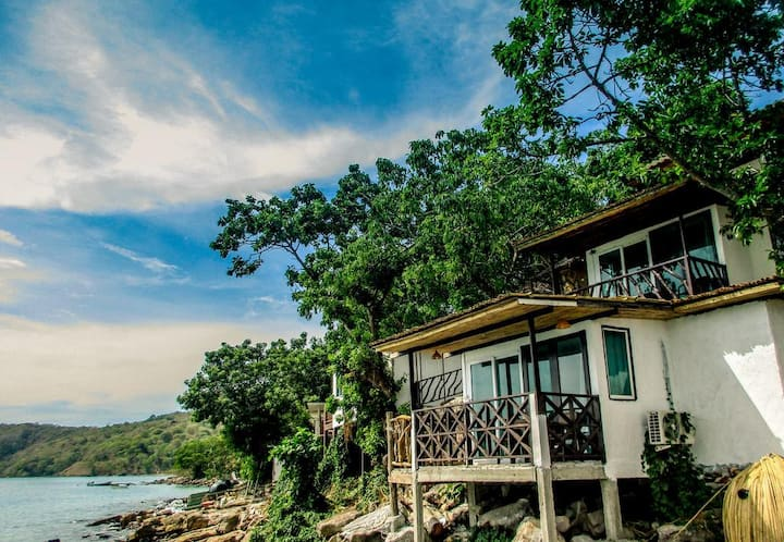 Bungalow with Seaview on Phi Phi Island!
