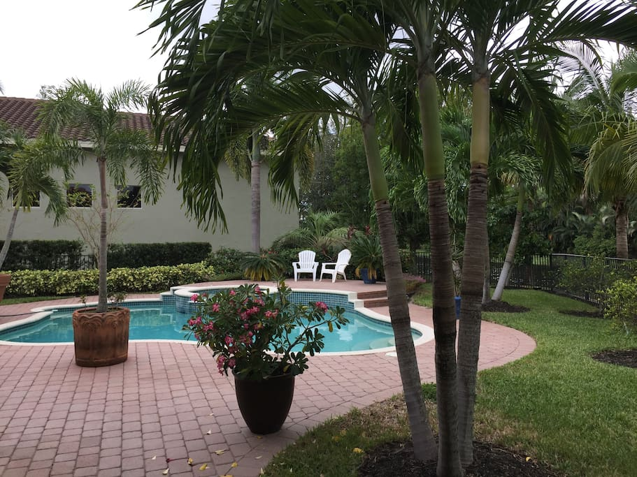 Luxurious Getaway In The Palm Beach Area Houses For Rent In Palm Beach Gardens Florida