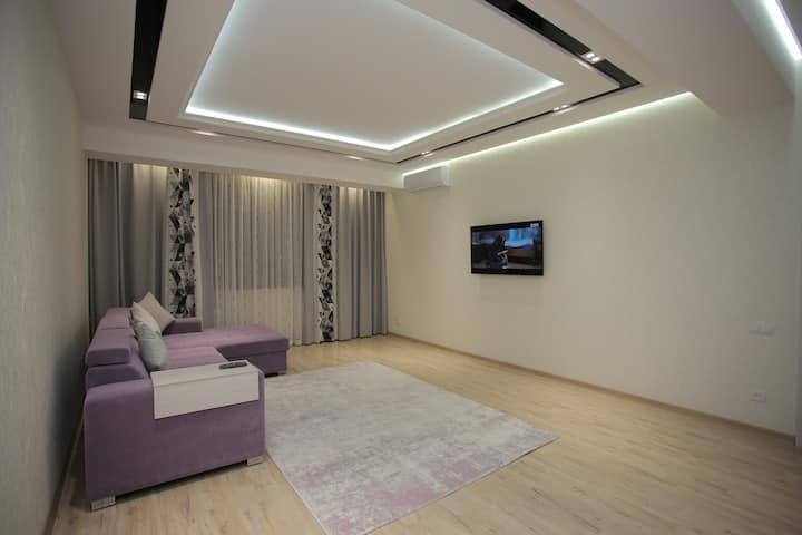 New apartment, area 77 sq/m registration, transfer