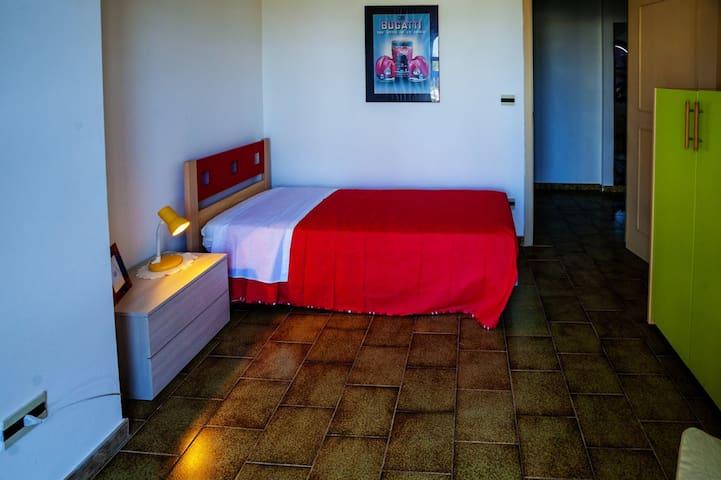 Camera singola a 10 m dal mare con giardino - Magazzeno - Apartment
