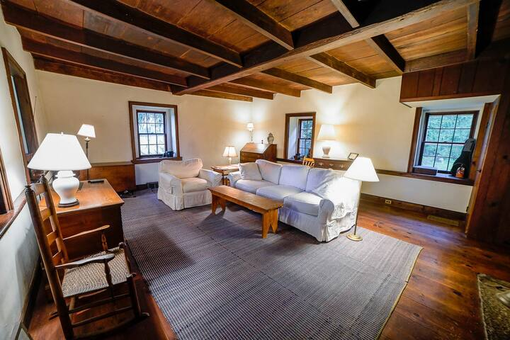 Historic Stone Farmhouse w/ Modern Amenities