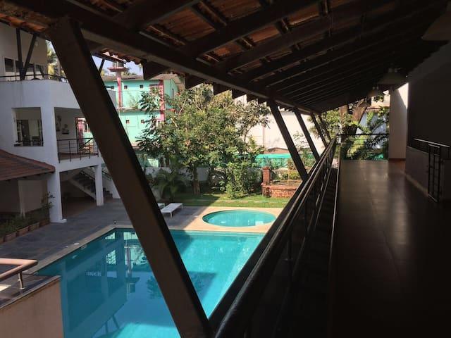 Comfort in Goa's Midst (2BHK Apt. ) - Pohjois-Goa - Huoneisto