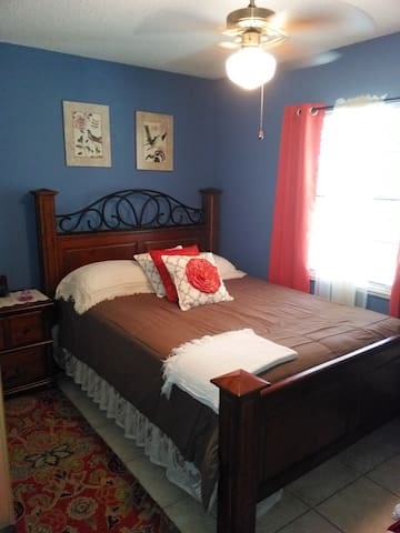 Great Value Private Bedroom&Bath Avon Park Sebring