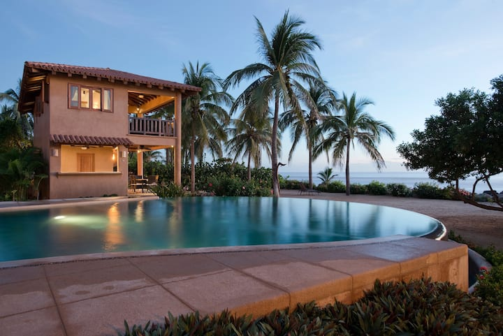 Beachfront Luxury Villa -Troncones
