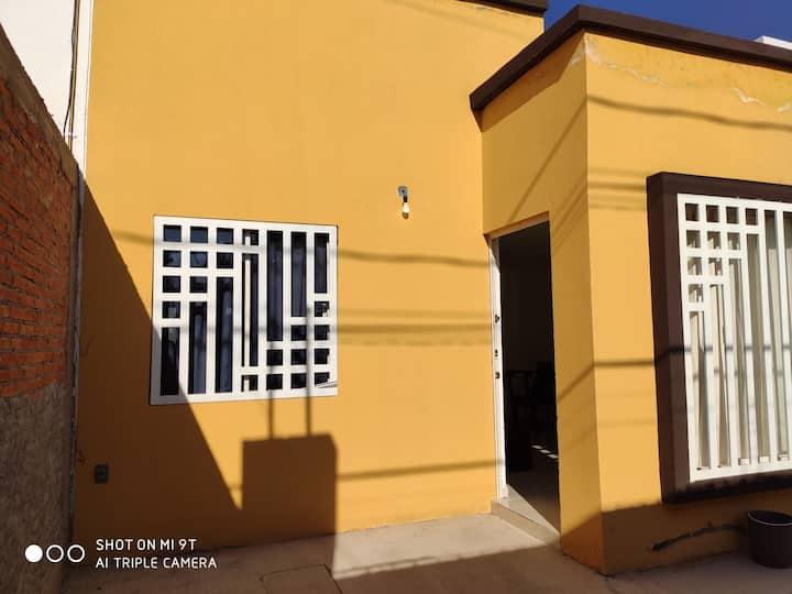 Casa Cercana al centro y central (Pavón)