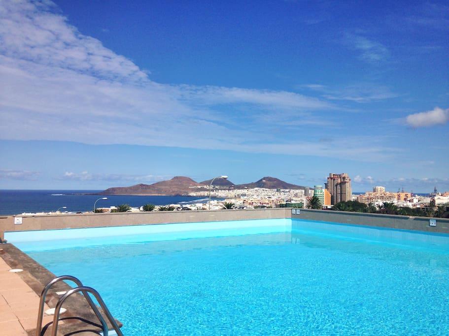 Piscina parking y vistas maravillosas apartments for rent in las palmas de gran canaria - Piscina las palmas ...