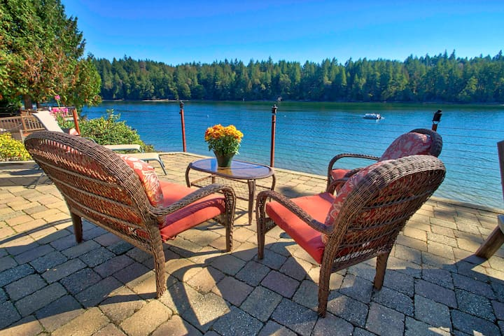 Watch the herons fish and seals play from our patio with many comfortable seating options.