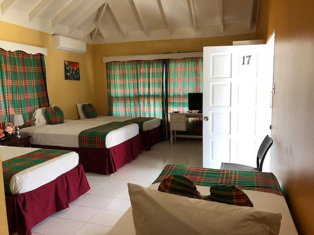 Hotel Ayu..BFF (Best Four Friends) or Family Room
