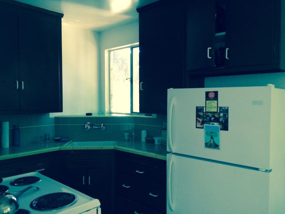 Share Cute Clean Spacious 1 Bedroom Apt Apartments For Rent In Oakland California United