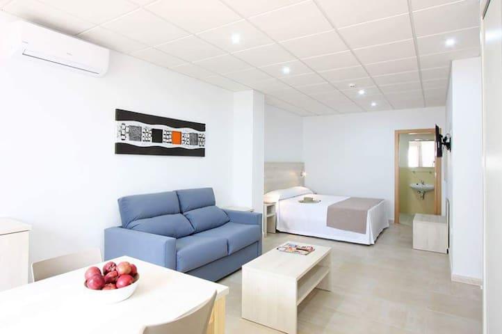 Inauguración apartamentos en Barbate, Cádiz - Barbate
