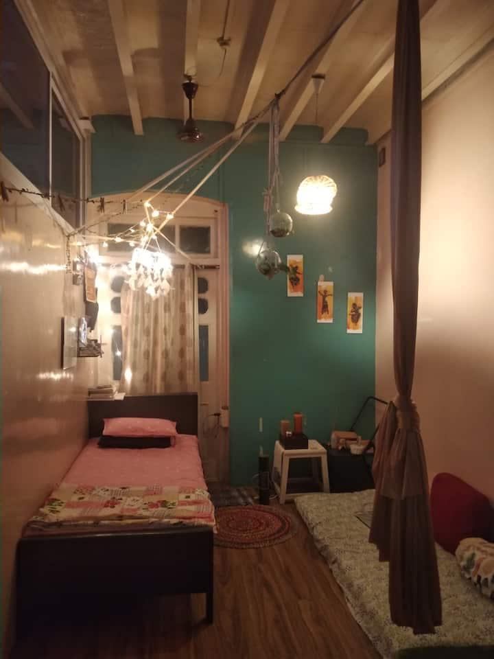 Zen Zone - Boho studio room in Mumbai