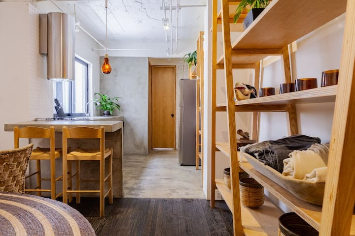 Industrial and Rustic One-Bedroom Mexican Loft