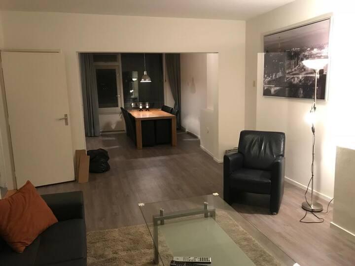 Ruim comfortabel appartement in stad Groningen