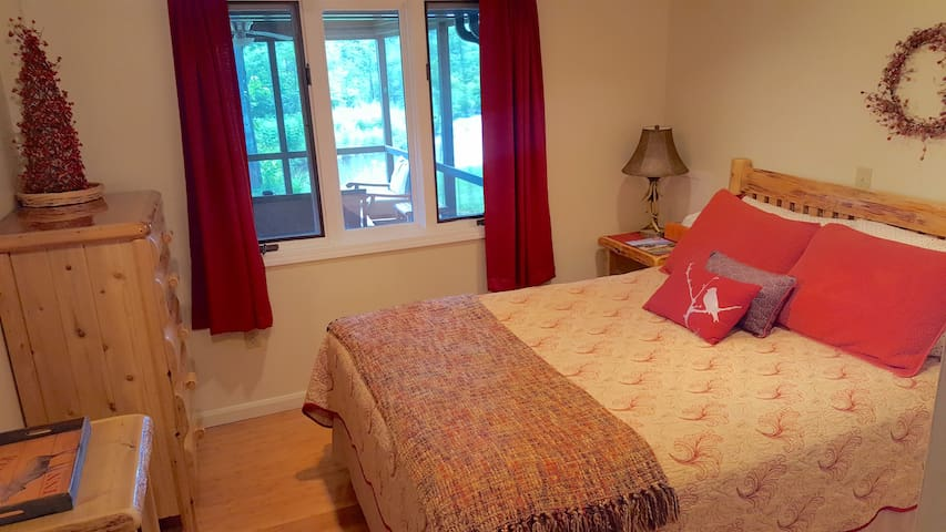 Bedroom 3 - Looks Out to Screened in Porch & River