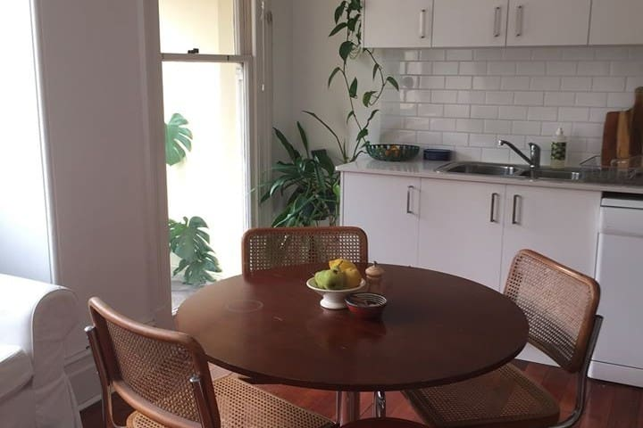 Light filled 1 bedroom apartment in the Inner West