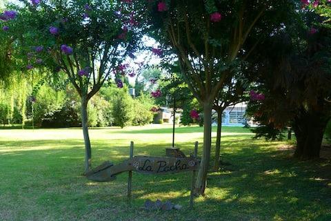 Quinta con quincho parque y piscina