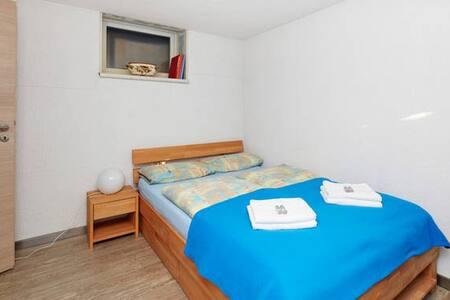 Zimmer für Urlaubsmesse CMT - Filderstadt