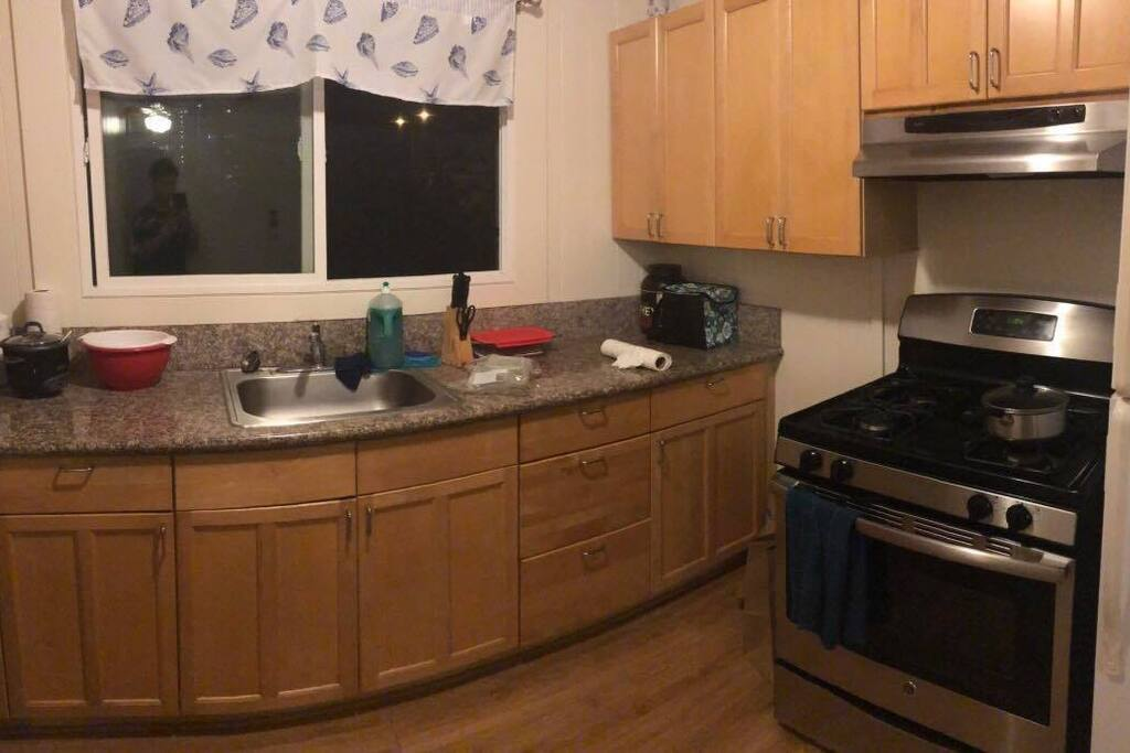 The Kitchen ( Share )