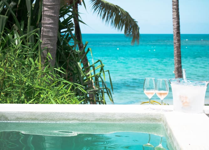 Perfect location in LT, Oceanfront Private Villa!