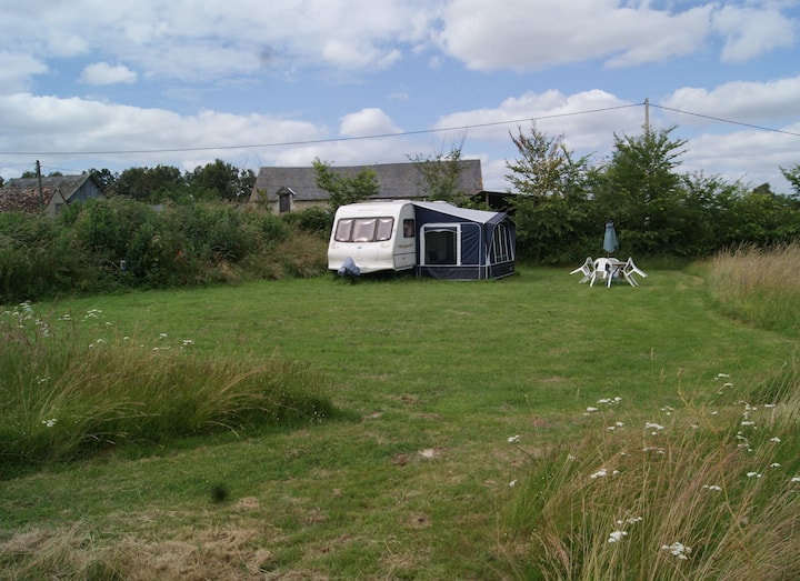 4 Birth caravan secluded in tranquil  countryside