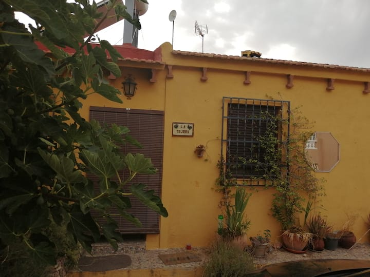 Casa rural junto al Estrecho de la Arboleja