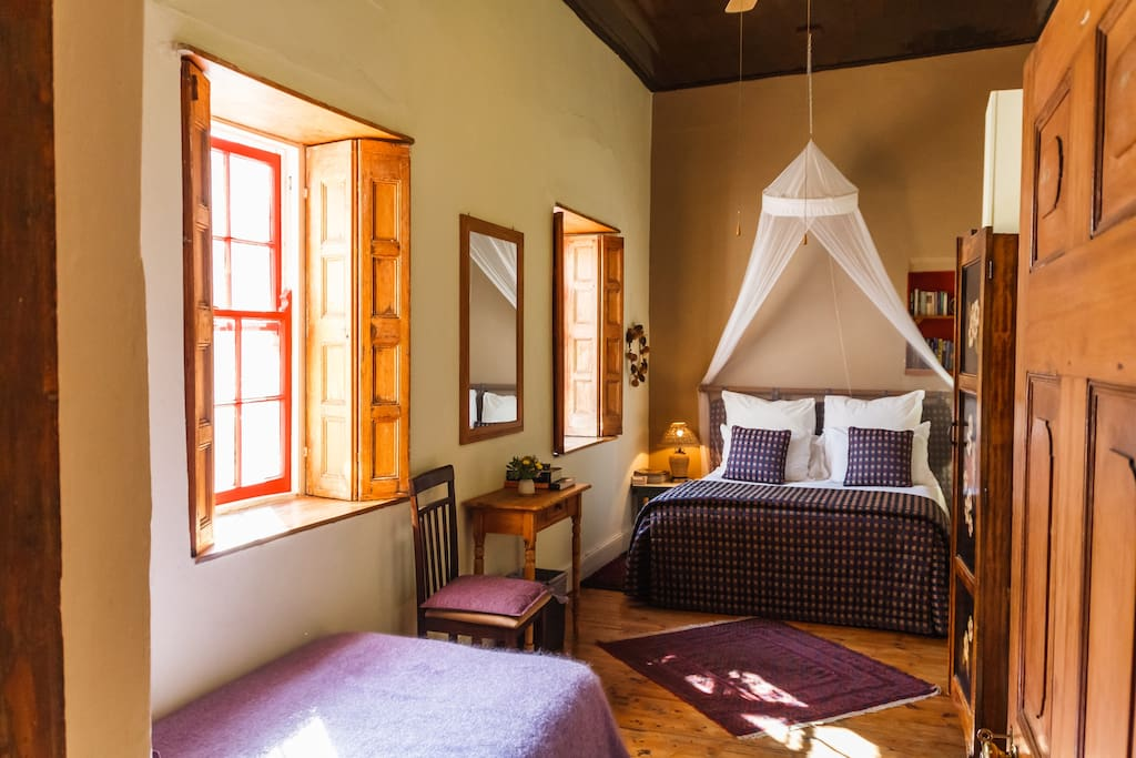 The Courtyard room, sleeps 3, a Queen-sized bed and a single bed.