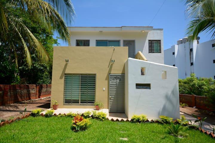 Casa Esmeralda cerca de la playa - Chacala - Casa