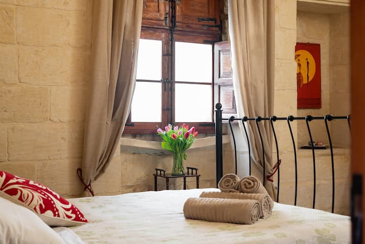 Double Room an historical and country home in Gozo