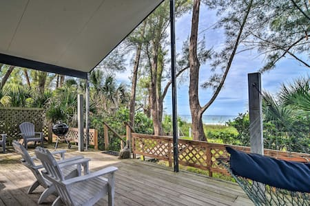 Indian Rocks Beachfront Escape w/ Ocean View Deck!
